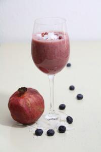 Granatapfel-Cocos-Smoothie